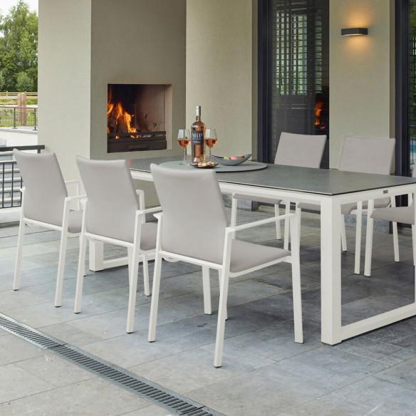 Chaise de jardin en aluminium blanc empilable