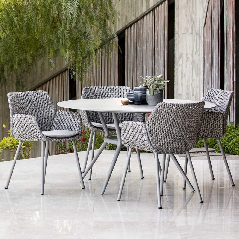 Chaise de jardin VIBE résine tressée gris clair/gris/taupe et coussin gris clair