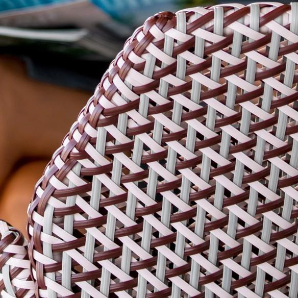 Chaise de jardin VIBE résine tressée gris clair/bordeaux/rose